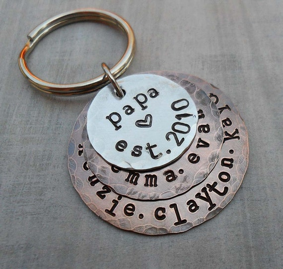 Papa Est Keychain Stack - Personalized Grandpa Dad Keychain -Father Dad Papa - Hand-Stamped Custom Names