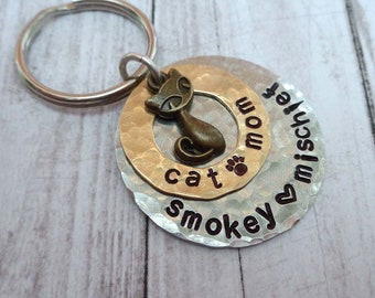 Cat Mom Gift Personalized Pet Names Keychain - Pet Lover Gift - Cat Mama Gift - Love My Cats Keychain - Cat Dad Gift