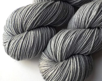 Rambouillet Worsted Yarn Hand Dyed - Totoro