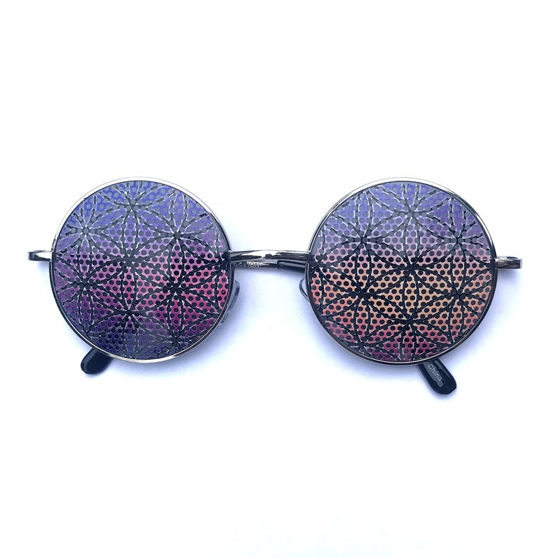 Flower of life Sacred Geometric pattern round hippy-style gold