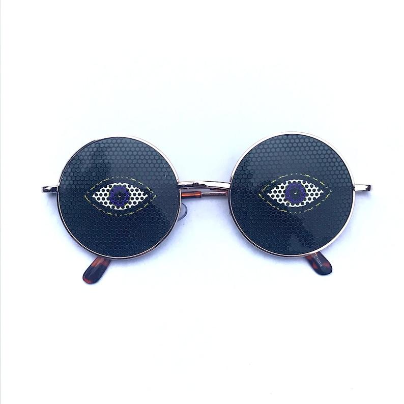 Trippy Eye graphic lennon style round sunglasses gold
