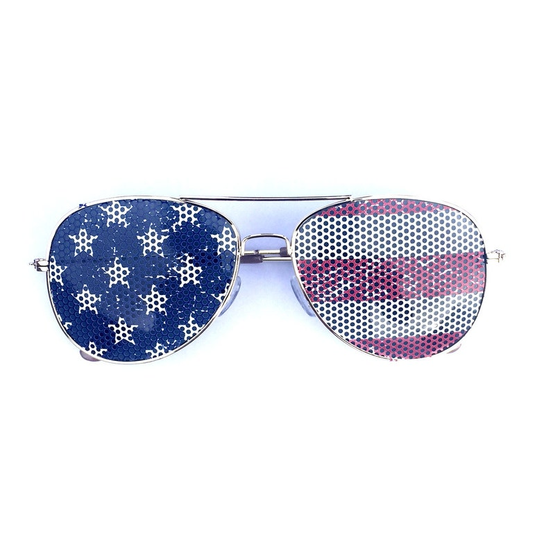 d78bc838aaa8 American Flag Stars   Stripes Graphic Polarized Aviator Party