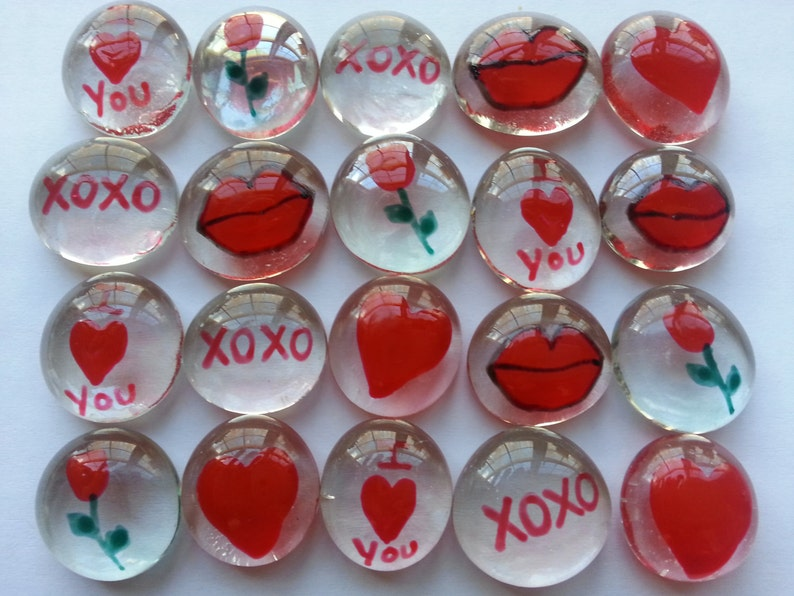 Valentines day Hand painted glass gems party favors weddings valentines day mix hearts lips XOXO rose