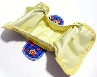 MADE TO ORDER Postpartum Gusseted Cloth Pad - Shell only - Babymoon wipeable menstrual pad shell with snapping wings