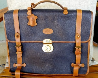 Vintage Preppy Mulberry Navy Scotchgrain Leather Briefcase with Shoulder  Strap Work Documents Bag Professor Gift for Him Classic English b6452aff87b51