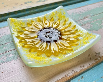 Sunflower Dish   Flower Fused Glass   Decorative or Jewelry Dish