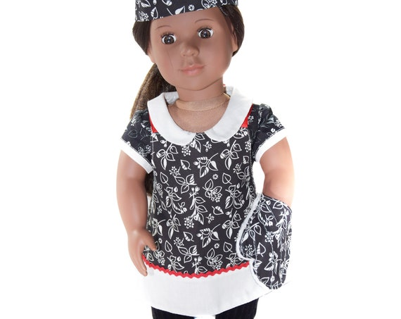 "3-Piece Chef Sets (Apron, Hat and Oven Mitt) for 18"" Dolls."