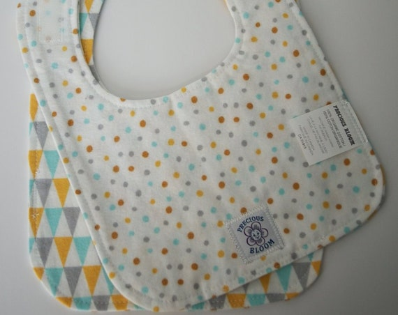 Organic Cotton Flannel Reversible Bibs (2 Medium): Bunting. B106