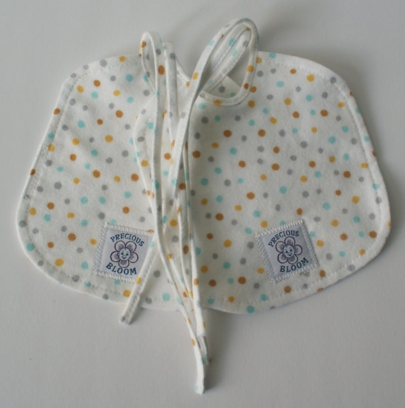 "Organic Cotton Flannel Small ""Reversible"" Baby Bibs (Set of 2): Confetti Sky. B105"