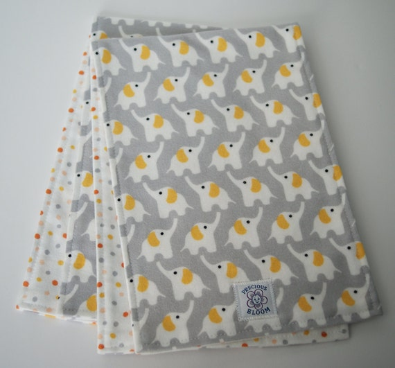 Organic - Organic Burp Pads - Baby Gift - Organic Cotton Flannel Burp Pads (Cloths) (set of 2). B100