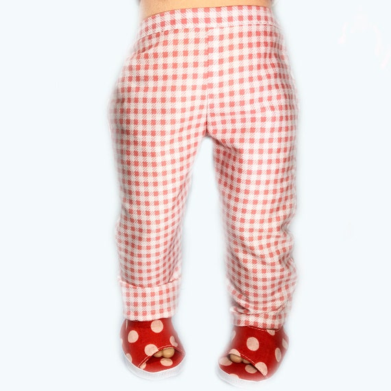 "Pull-on Pants (Trousers) for 18"" Dolls. A119"