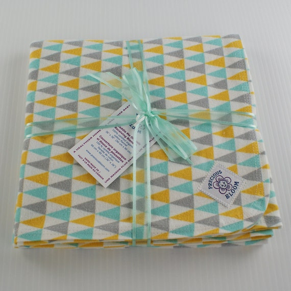 Organic Cotton Flannel Swaddling or Receiving Blanket: Bunting. B106