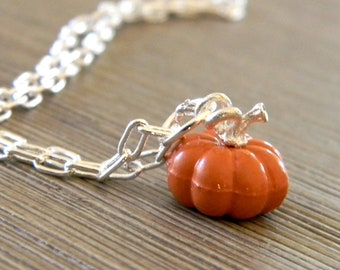 Pumpkin Chain Necklace Lobster Clasp 18 Inch, Fall Necklace, Halloween Necklace, Autumn Necklace, Harvest Necklace, Thanksgiving Necklace