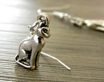 Sitting Cat Earrings Dangle Earrings Silver Color Three Dimensional
