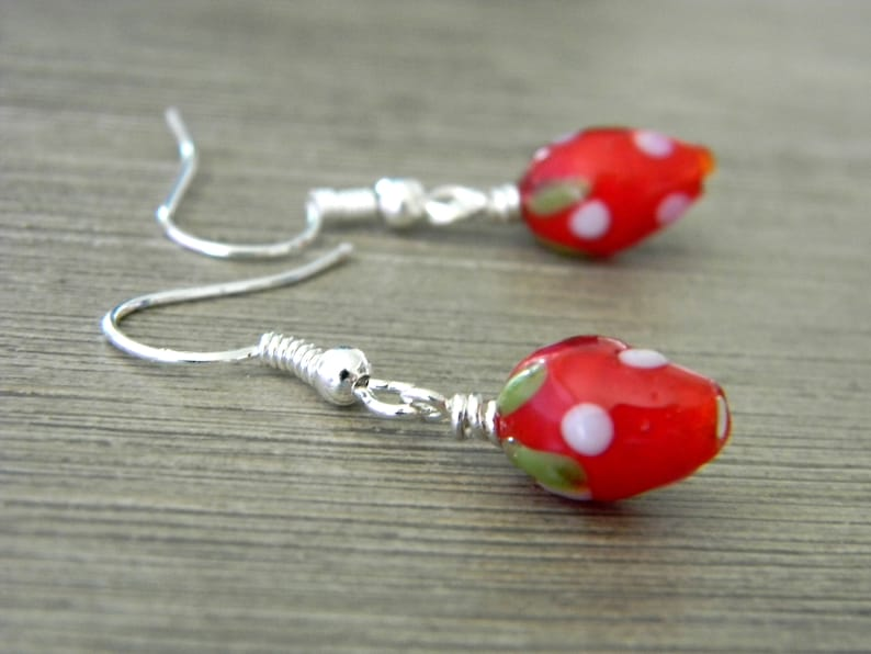 Cute Strawberry Lampwork Earrings Glass Earrings Fruit image 0