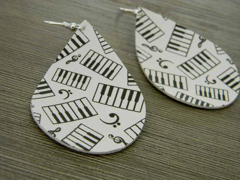 Music Pattern Earrings Faux Leather Earrings Dangle image 0