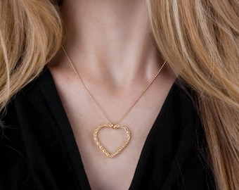 Dainty Heart Necklace, Gold Heart Necklace, Filigree Necklace, Bridal Necklace, Large Heart Necklace, Delicate Necklace, Minimalist necklace