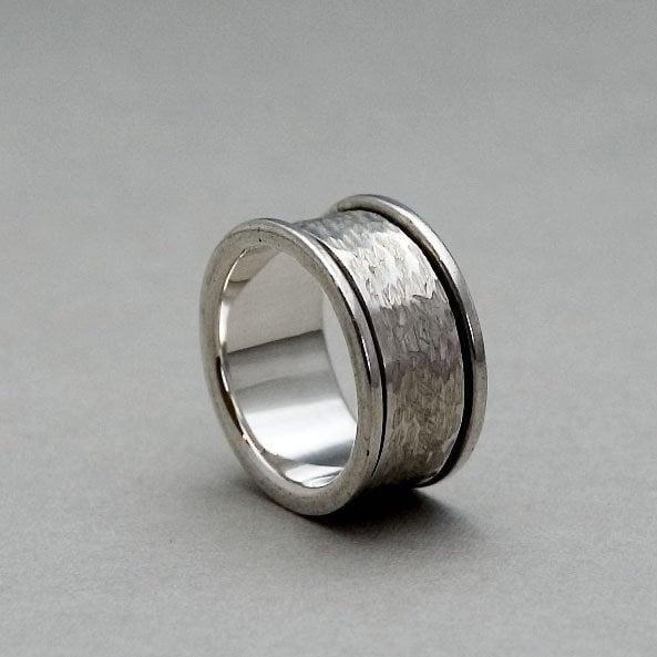 mens spinner rings mens ring silver sterling silver. Black Bedroom Furniture Sets. Home Design Ideas