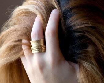 Gold Spinner Ring, Womens Ring, Meditation Ring, Boho Spinner Ring, Large Gold Ring, Wide Ring, Statement Ring, Cocktail Ring, Spinning Ring