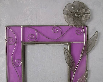 Beautiful Vintage Metal 3D Floral Glass Picture Frame
