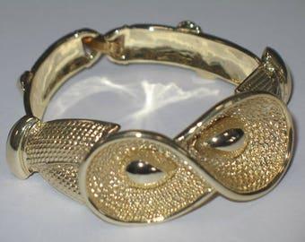 Beautiful Vintage Classy Gold Bracelet