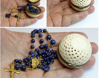 Art Deco 18K. Solid Gold Lapis Lazuli Rosary in Open Work Box.