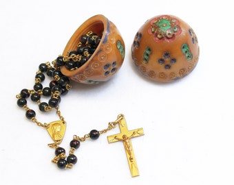 Vintage Bloodstone and Oria Gold Rolled Catholic Rosary in Hand Painted Carved Corozo Nut Egg Shaped Box