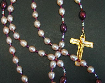Catholic Rosary Prayer Beads Gebetskette Pink and Mauve Pearls, Gold Plate and Enamel - Saint Therese - Vintage parts