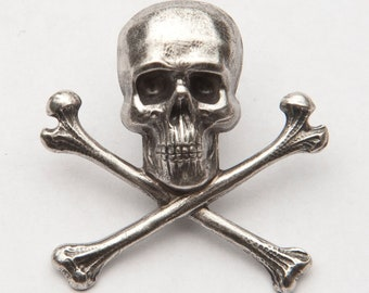 Silver Skull & Crossbones Lapel Pin