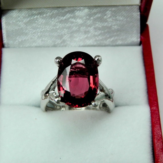 AAAA Rubellite Tourmaline 13x10mm  4.87 Carats   14K White gold Ring - ELKE- ring 0711