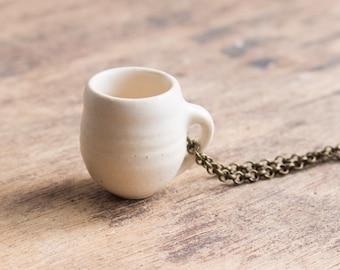 Mug Necklace: Warm White