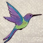 """Stunning Extra Large HUMMINGBIRD in FLIGHT Embroidered Iron on Patch - applique - 6.4"""" x 5.9"""" - Made in USA"""