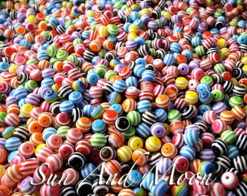 100 x Round Resin Stripe Beads Mixed Color Crafts about 8mm in diameter hole 2mm