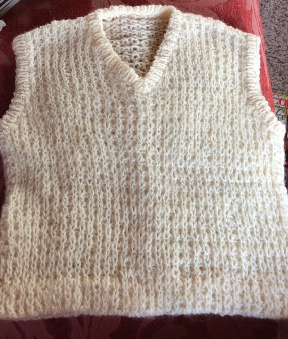 62e7a3f4b VINTAGE CHILDS VEST Hand knitted cream unisex holiday