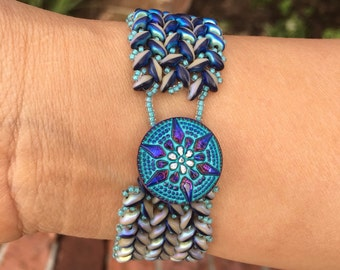 Handmade Superduo Beaded Herringbone Bracelet in Blue and Ivory