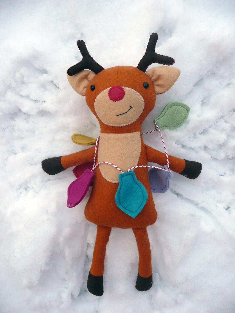 Ripley the Reindeer PDF Sewing Pattern image 0
