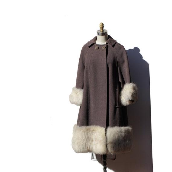 Vintage Brown Heavy Wool Swing Coat w/Fox Fur Trim