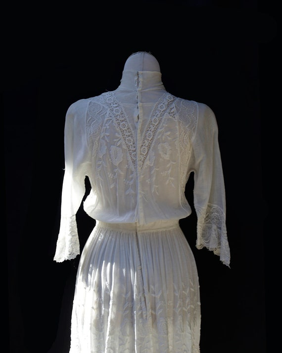 Edwardian White Cotton Dress / Embroidered Lace A… - image 7