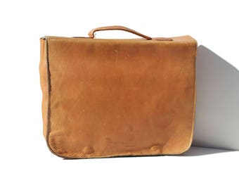 Vintage Tan Leather Minimalist Messenger Laptop Bag