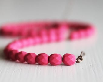 50 Matte Saturated Fucshia Faceted 4mm Czech Glass Round
