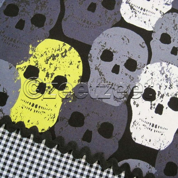 3 Yards SKULL of ROCK Citron Black HALLOWEEN Quilt Fabric by Michael Miller