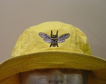 478c2a55e30 HONEY BEE Wildlife XL Bucket Hat - Embroidered Women Men Gift Cap - Price  Apparel Embroidery - 10 Color Caps Available