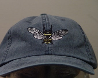 351a970840e HONEY BEE Flying Insect Hat - Embroidered Women Men Wildlife Cap - Price  Embroidery Apparel - 24 Color Mom Dad Nature Gift Caps Available
