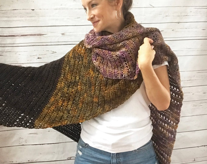 Featured listing image: Merino Wool Triangle Wrap