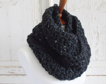 Chunky Infinity Scarf + STYLE #1009 + Black Gold