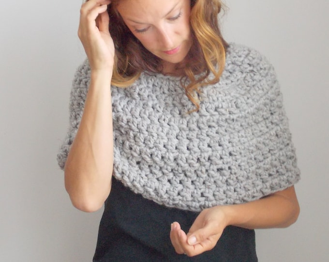 Featured listing image: Chunky Infinity Scarf Cowl Shrug + STYLE #1004 + Heather Gray + Barley