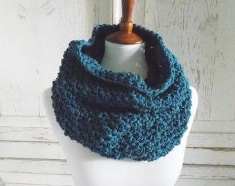 Infinity Scarf Cowl | Peacock Teal