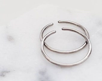 Thin Titanium Endless Hoops • Tiny Hoops • Skinny Hoop • Seamless Hoops • F67 Implant Grade • Cartilage • Tragus • Septum • Nose Ring • 22g