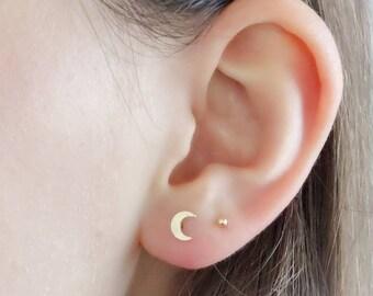 c83e4139ae912 Crescent moon earrings | Etsy
