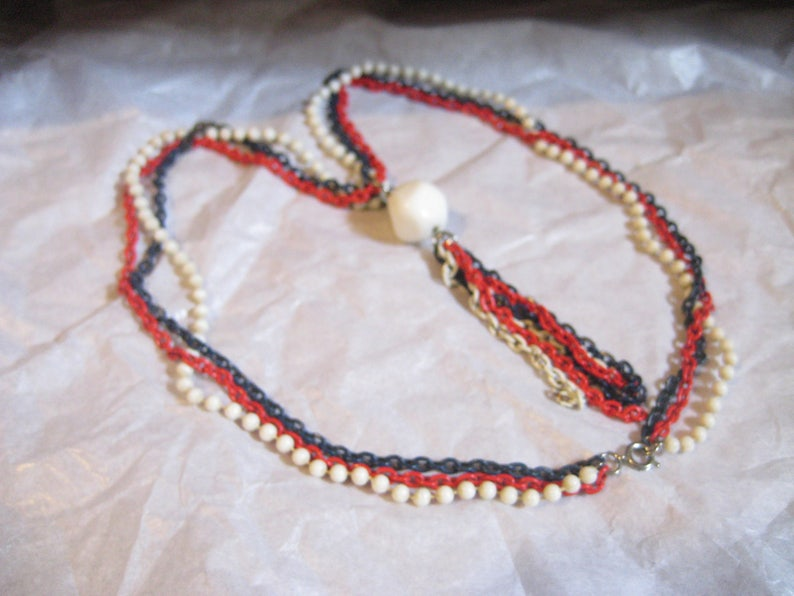 Red White and  Blue 60s 3 Strand Plastic and Chain Tassel Necklace